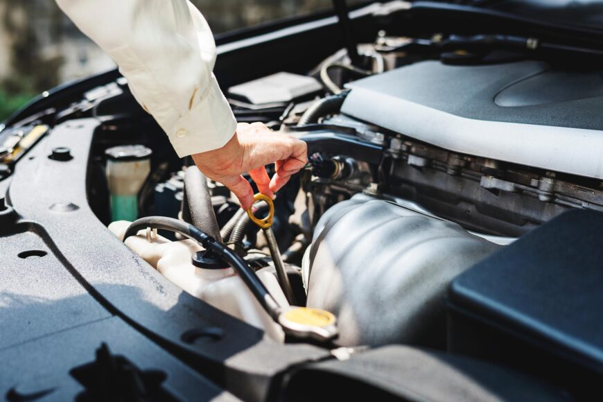 How To Tell If Your Vehicle Needs an Oil Change